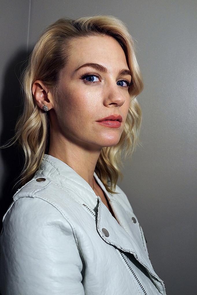 Дженьюэри Джонс — Фотосессия для «Хорошее убийство» на «Tribeca» 2015 – 11
