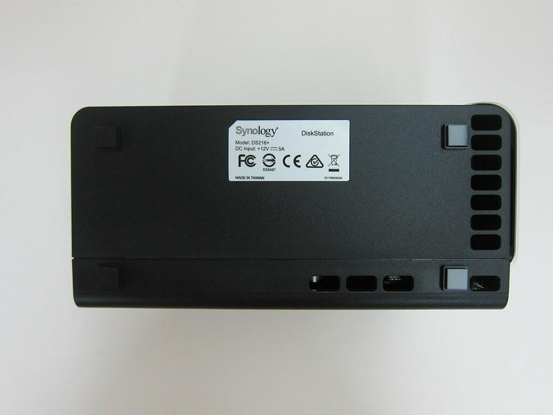 Synology DiskStation DS216+ - Bottom