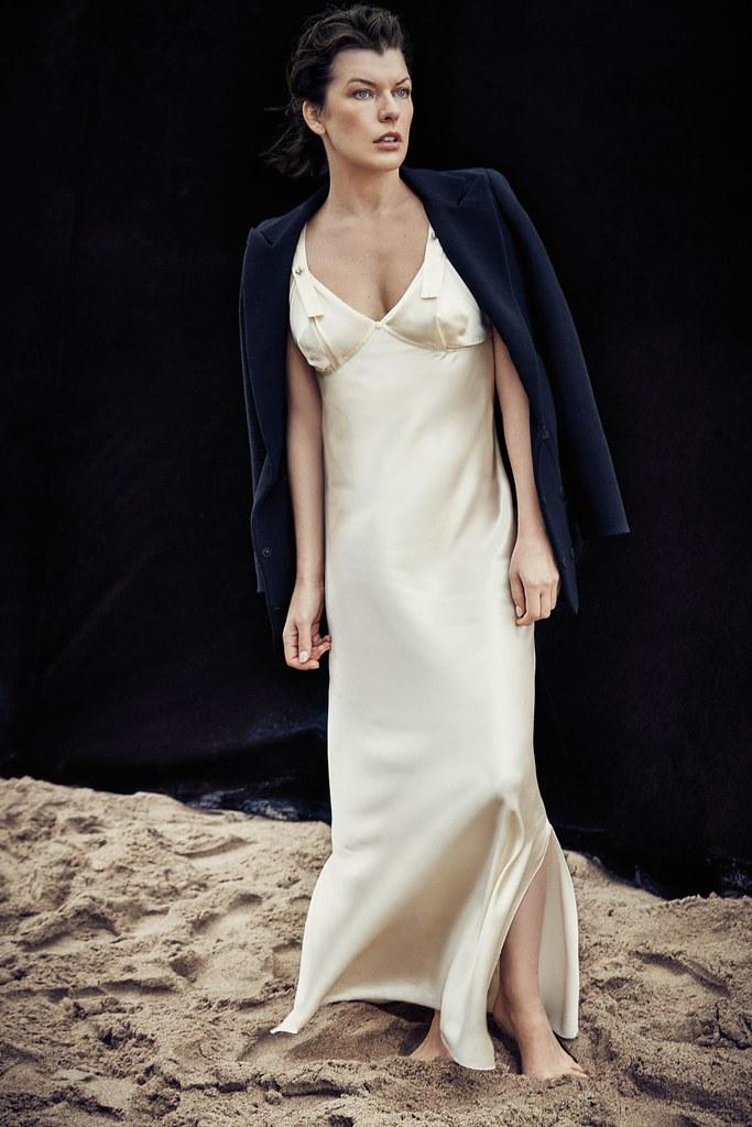 Милла Йовович — Фотосессия для «Harper's Bazaar» ES 2016 – 5