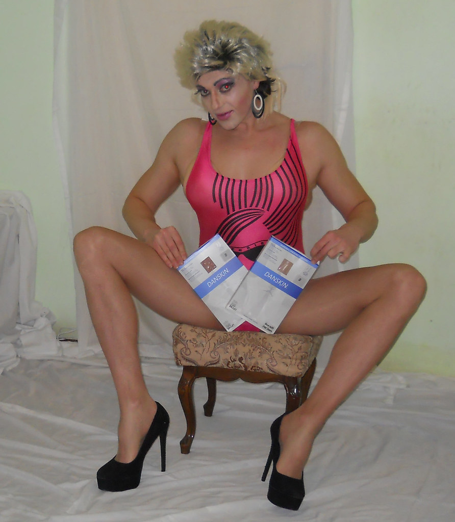 image Shemale tranny in pantyhose of sounding ureth