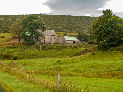 La grange de Blaye St Eulalie.