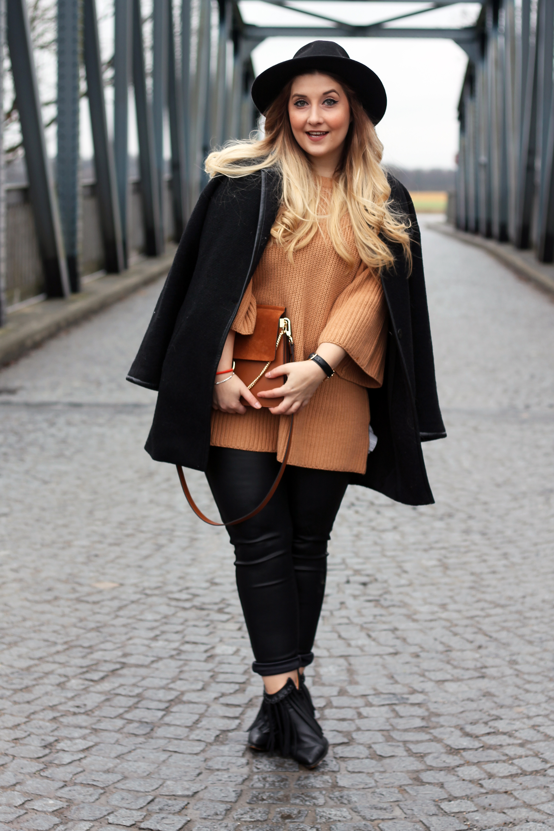outfit-look-style-pullover-strick-fashionblogger-deutschland