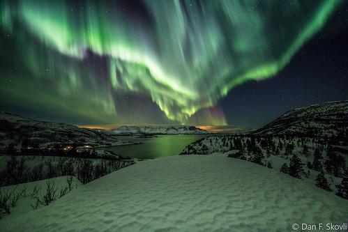 Northern lights over Kvænangen