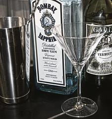 Constituant parts of a martini
