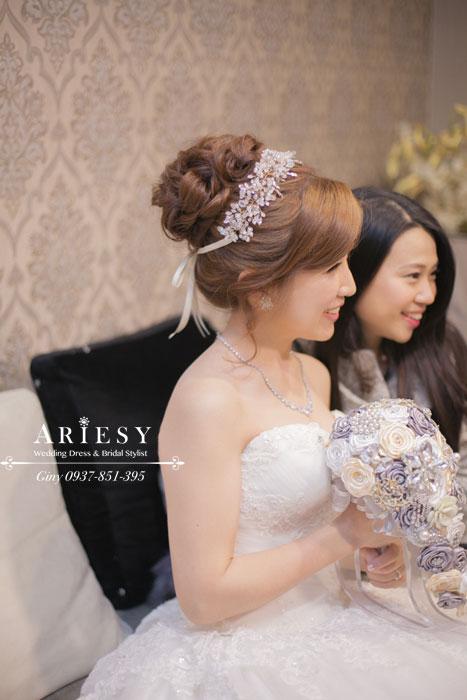 Giny,台北,新娘秘書,愛瑞思造型團隊,Ariesy,自然清透裸妝,新秘推薦,眼型調整,新娘造型,歐美造型,編髮,桃園彭園會館,鮮花造型