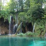 Cascada en lagos de Plitvice