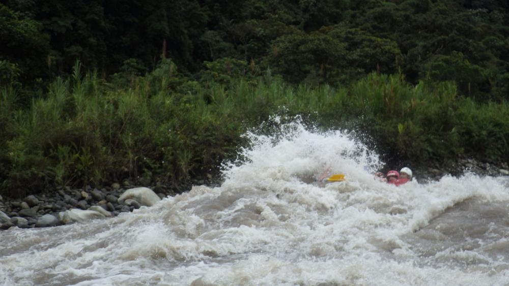 Banos Ecuador Rafting