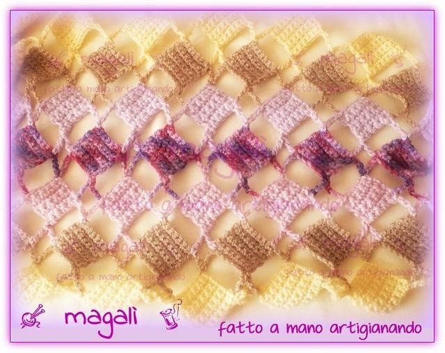 sciarpa quadratini pieni e vuoti panna beige lilla (1)