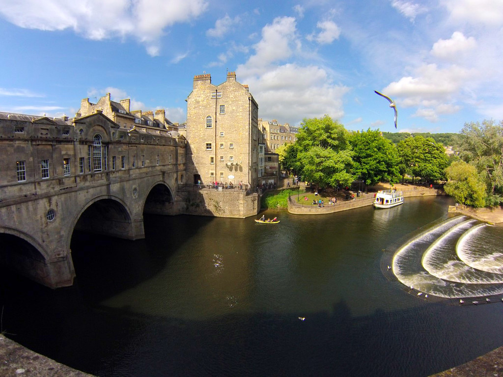 Bath en un día: Pultney Bridge de Bath bath en un día - 25057268022 1d8b0b9bea b - Bath en un día, el SPA de Roma en Inglaterra