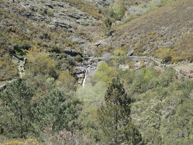 Cascada en el PR-G 188 Sendeiro de Zobra