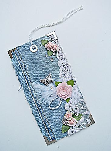 A-fabric-tag