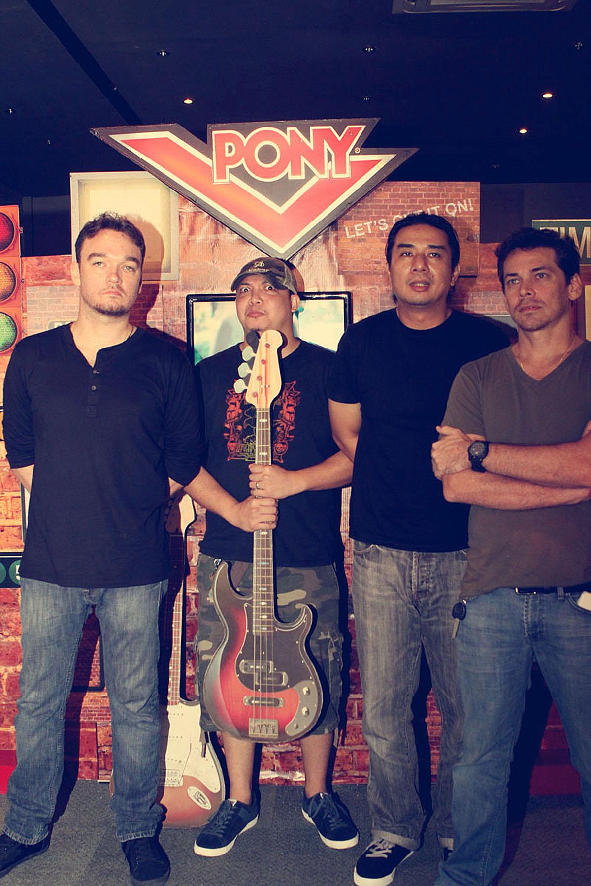 Wolfgang band left to right Basti Artadi, Francis Aquino, Mon Legaspi & Manuel Legarda