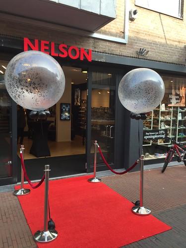 Cloudbuster Rond Confettiballon Nelson Schoenen Veghel