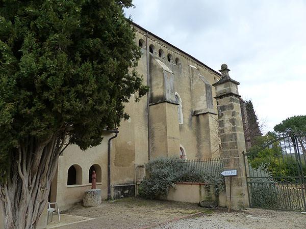 entrée de l'église de l'abbaye