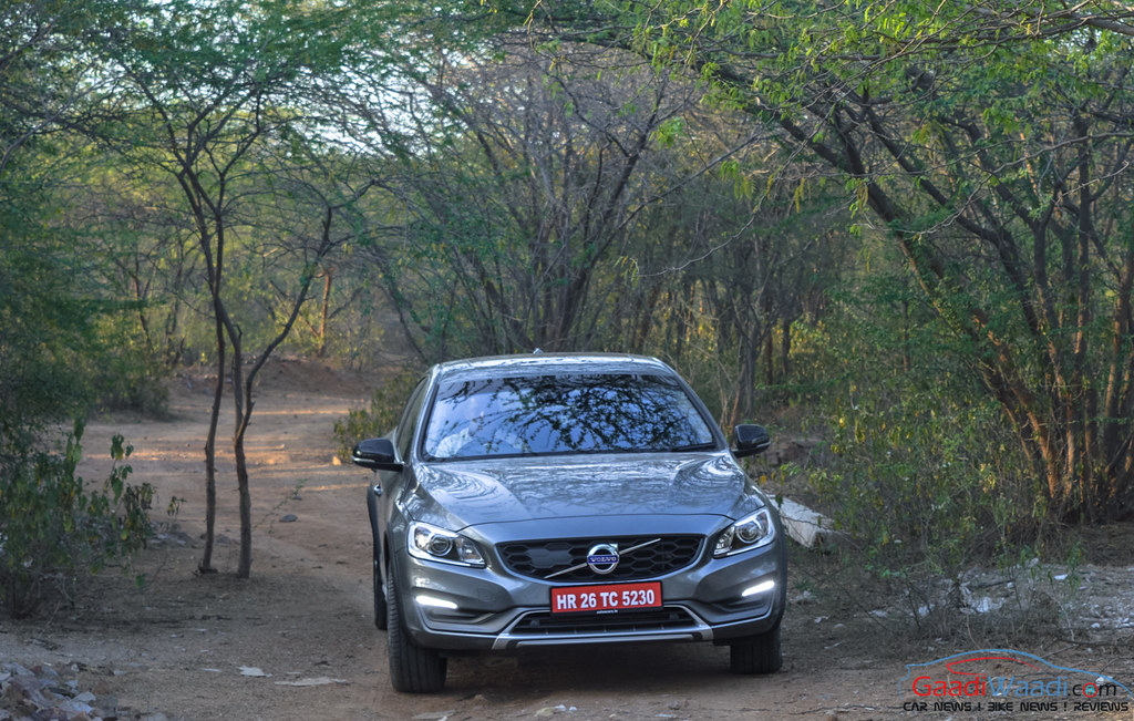 Volvo S60 Cross Country review india-6