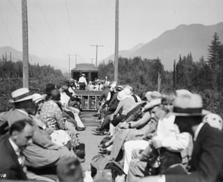 Tourists on Skagit train, 1931