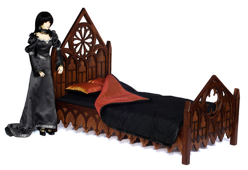 Gothic bed m01