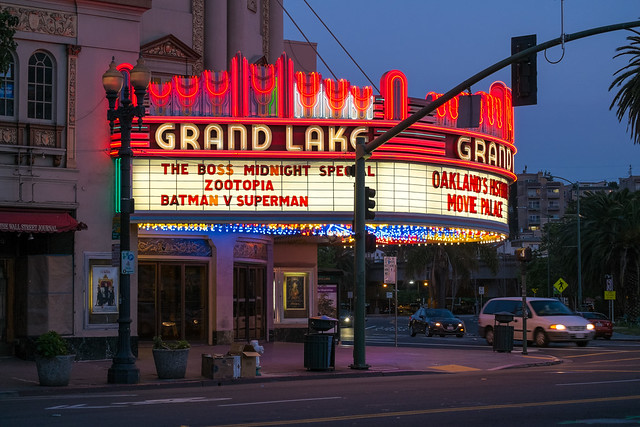 Grand Lake Theater - Walk Around Lake Merritt, Oakland