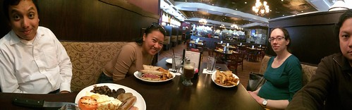 Brunch pano with Francis and Ayna