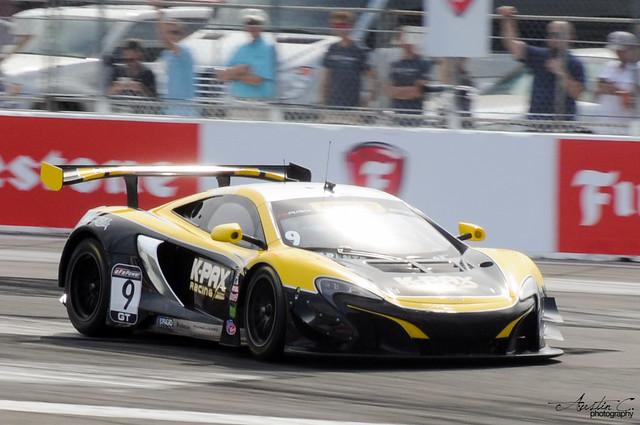 No. 9 McLaren 650S