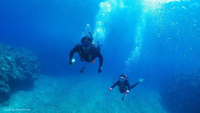 透明度よく、泳いでるだけで気持ちいいです♪