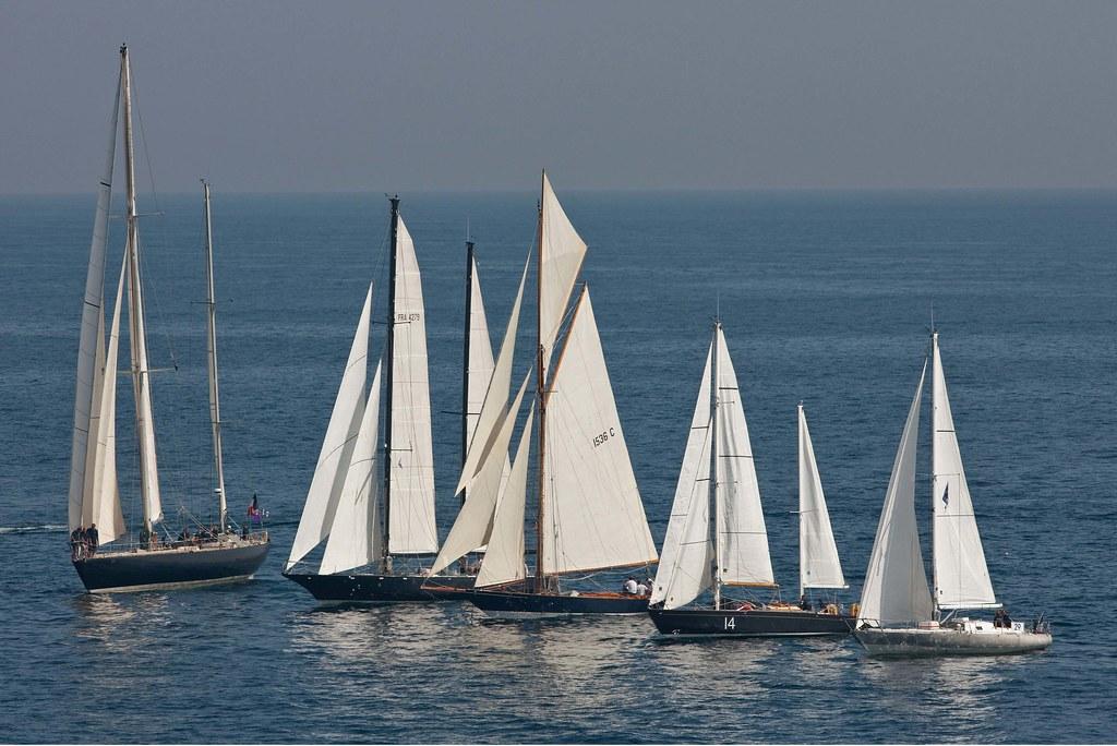 La Flotte des Pen Duick aux Voiles de Saint Tropez - G.MARTIN RAGET-BPCE