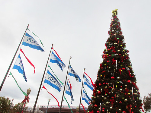 SF Christmas, Pier 39 Flags
