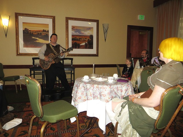 John Sprocket Acoustic Set in Tea Parlor