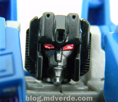 Transformers Thundercracker Deluxe - Generations - modo robot