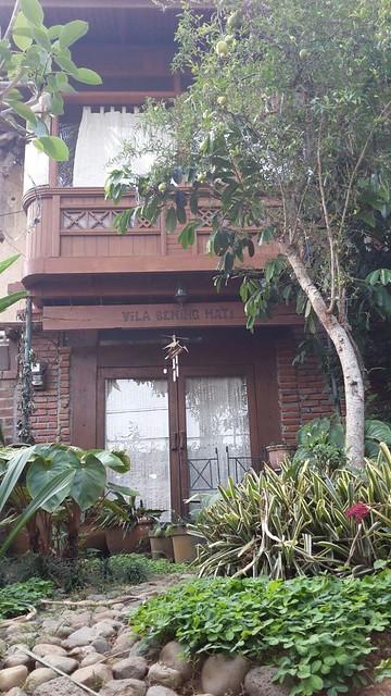 Di Jual Rumah Kayu Cantik 1,6M di Gegerkalong, Bandung Utara (3)