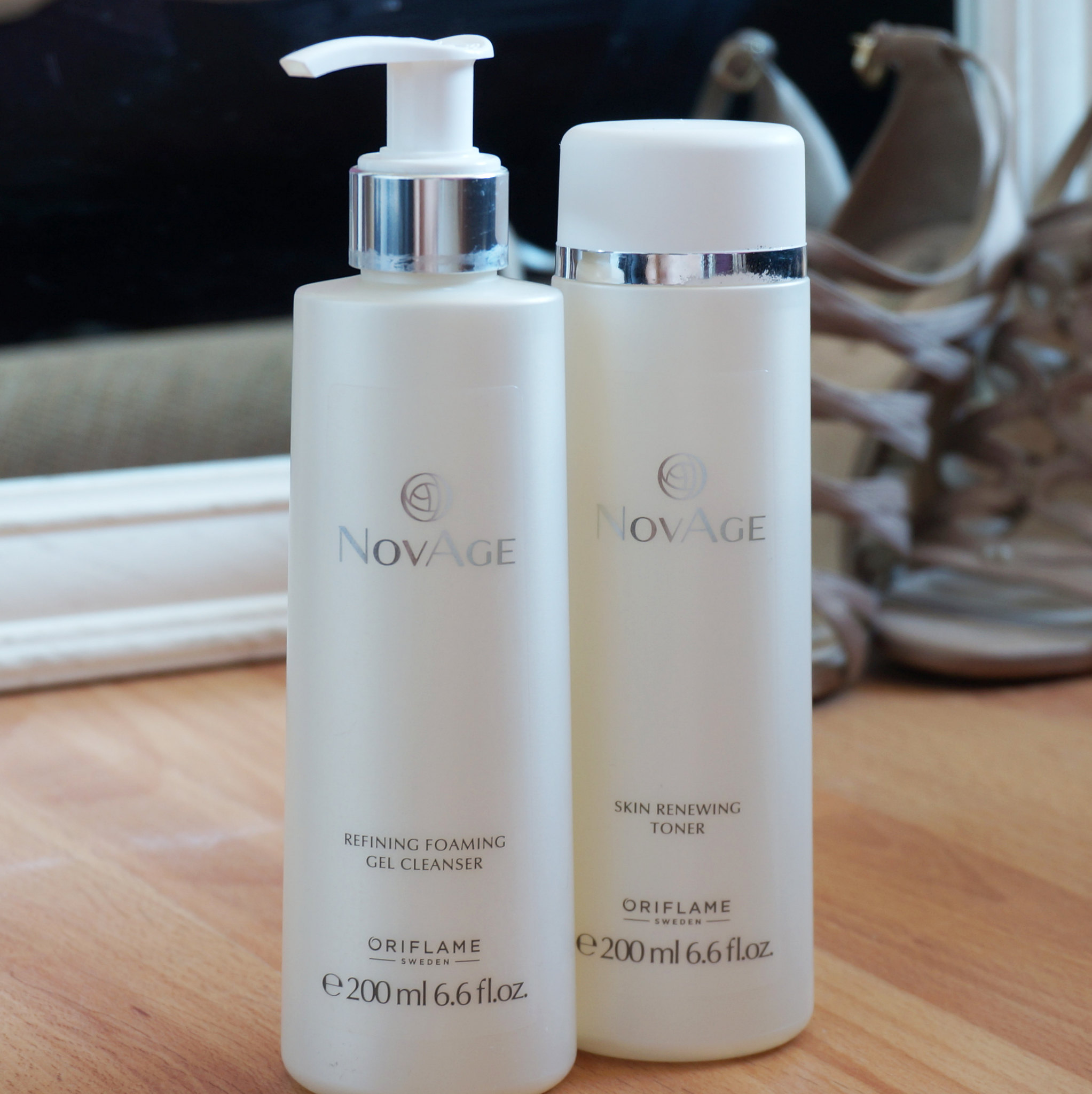 novage-oriflame-veido-prausiklis-tonikas-renewing-toner-facial-wash