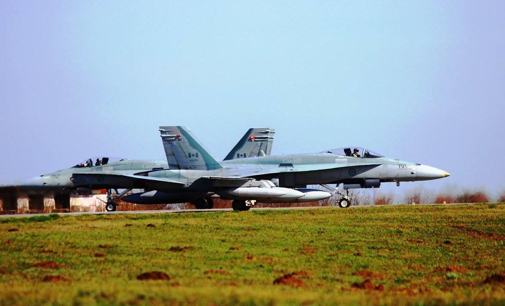 Aspect de la exercițiul bilateral româno-canadian se află în plină desfășurare la Baza militară de la Mihail Kogălnicean (1)