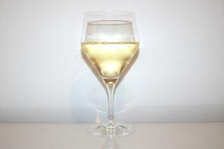 07 - Zutat trockener Weißwein / Ingredient dry white wine