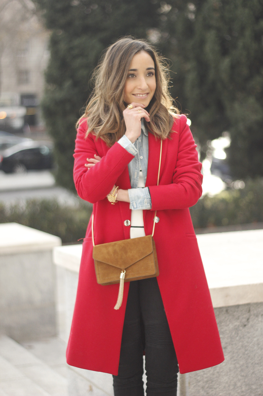 Red Coat Stripped sweater denim shirt nude heels outfit style uterqüe bag10