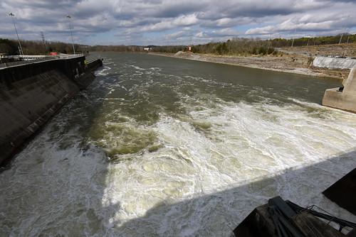 tennessee hendersonville powerplant cumberlandriver hydropower usace oldhickory corpsofengineers oldhickorydam nashvilledistrict
