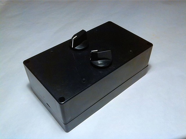 Prototype version of artificial star unit. Output pin-hole is located in left side of this box.