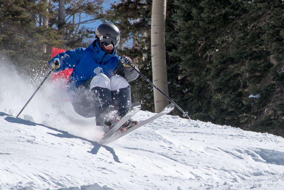 Bump skier Telluride