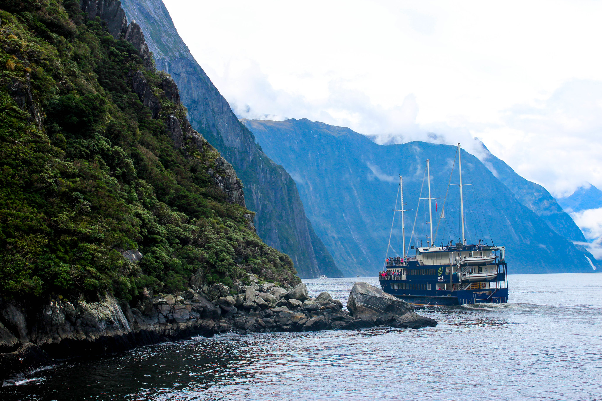 Milford Sound (cruise)