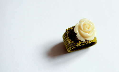 Crochet ring - Rose