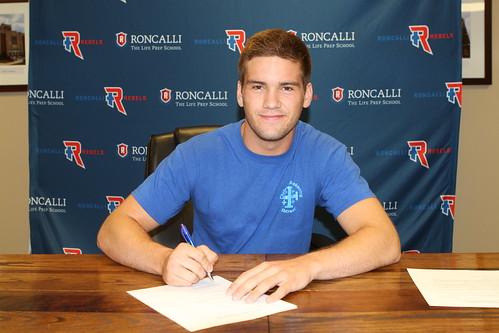Quinn Cecil Signing