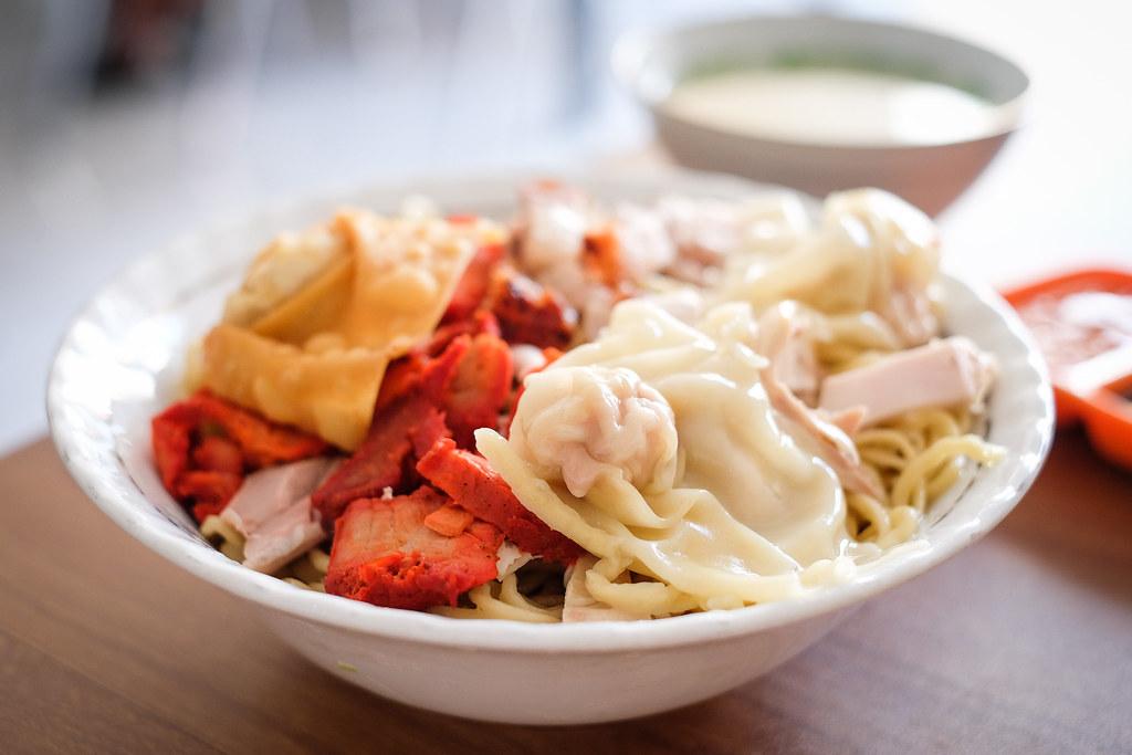 Makassar Food: Pangsit Mie 90