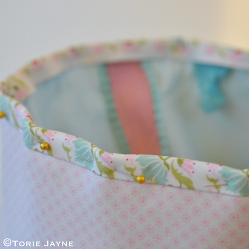 Pretty tote sewing tutorial 24