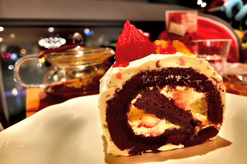 蛋糕是還不錯,但這一片要價160元..XD