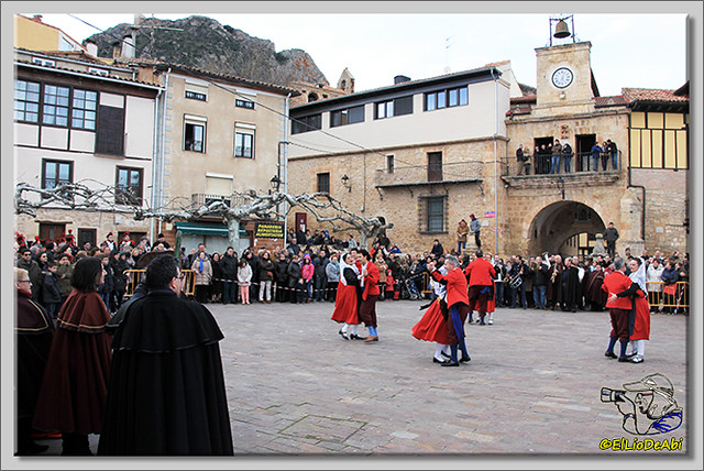 Danza del Escarrete en Poza de la Sal (15)