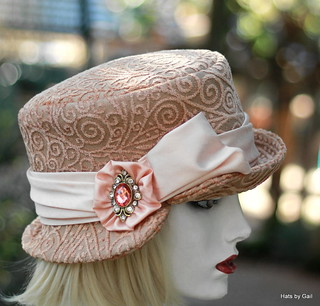 Edwardian Riding Hat in Pink Nude