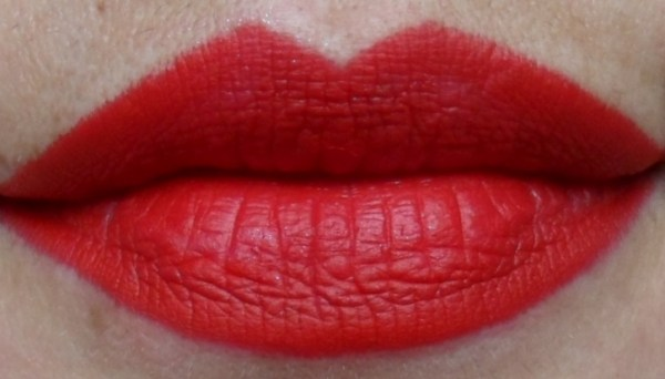 15.1 MAC Russian Red Dupe - Maybelline Siren in Scarlet