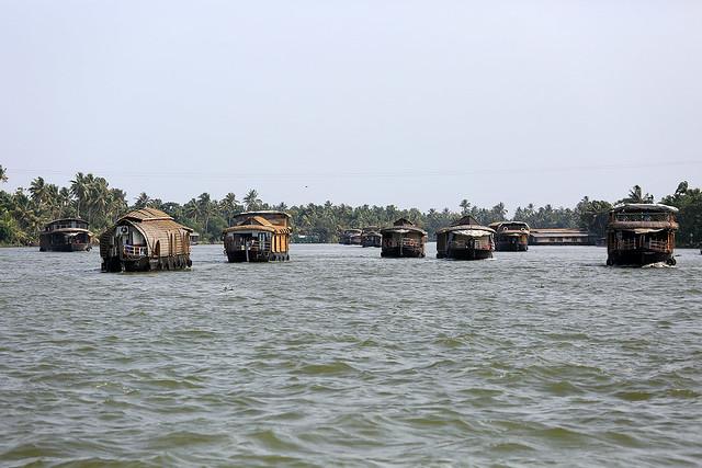 1604India-Boating10