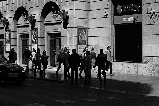 people in light & shadow, Valencia