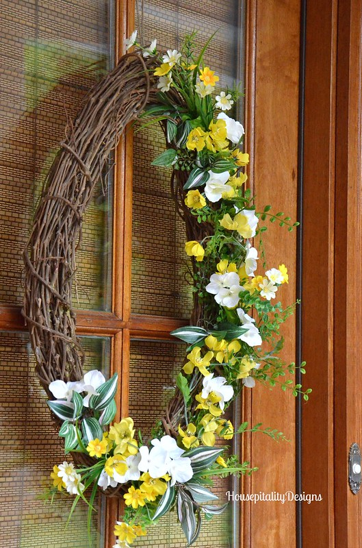 Spring Porch Wreath 2016 - Housepitality Designs