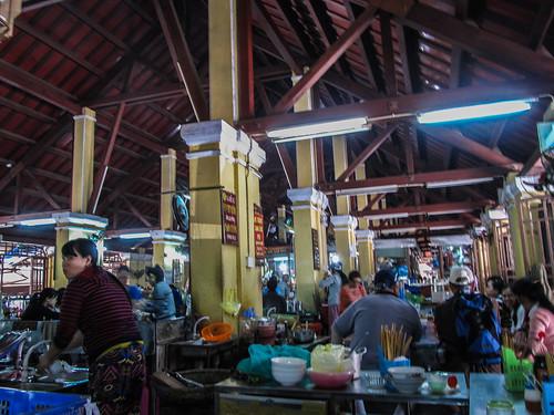 Hoi An: food market